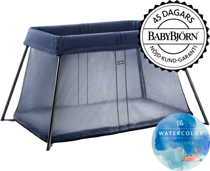 040213-travel-crib-light-great-blue-whale-mesh-from-babybjorn (1)