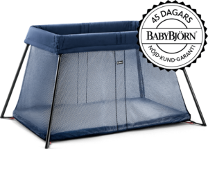 babybjorn-travel_crib_light-darkblue_nojd-kund